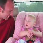Az anyuka csupán egy rövid kérdést tesz fel. A kisbaba erre egy olyan választ kanyarít, hogy az apuka sem bírja ki nevetés nélkül: