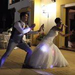 Ez a fiatal pár az utóbbi évek legszenzációsabb esküvői táncát mutatta be, mindenki őket nézi: