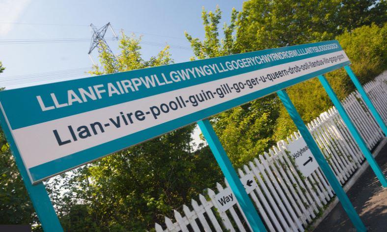 Ez Európa leghosszabb nevű települése: te ki tudnád ejteni a nevét? Így kell: