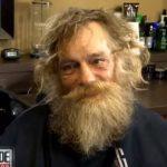 Hét évig hajléktalan volt. Most viszont drámai átváltozáson ment keresztül. Videó is készült róla:
