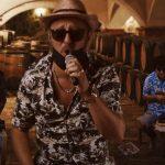 Zseniális paródiát készített Polgár Peti a Csepereg az eső című dalból: fergeteges lett a szöveg